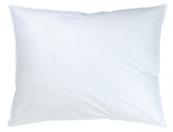 Weißes quadratisches Kissen in 30x50cm aus der Classic Serie von KBT Bettwaren vor weißem Hintergrund