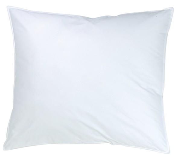 Weißes rechteckiges Kissen in 50x60cm aus der Classic Serie von KBT Bettwaren vor weißem Hintergrund