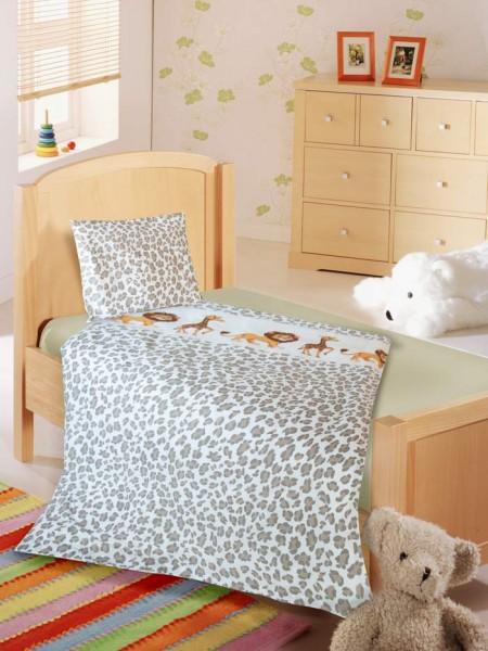 Kinderbettwäsche mit Löwen und Giraffen Motiv
